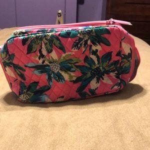 NWT Vera Bradley large blush and brush makeup case